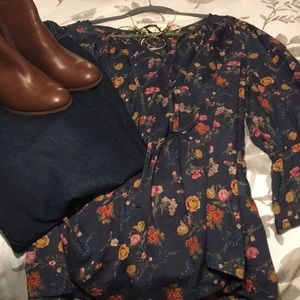 Lucky Brand smoke navy & floral peasant blouse -3X